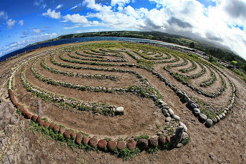 Dragons Teeth Labyrinth, Maui
