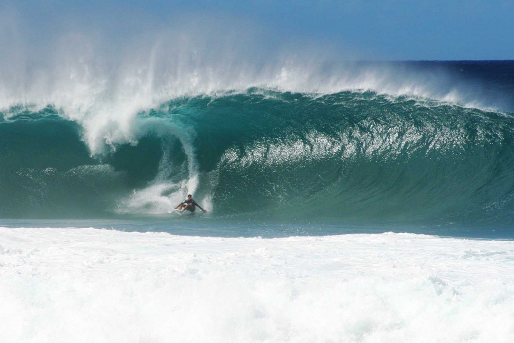 Pipeline Surfing, December 2011