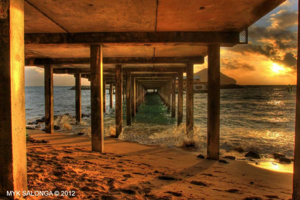 Oahu Under the Boardwalk