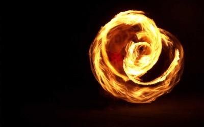 hawaii-fire-knife-performer