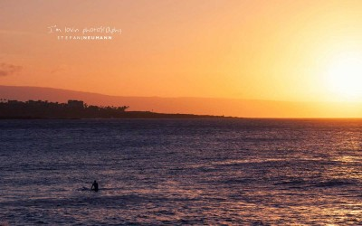 honolua-bay-surfer-sunset