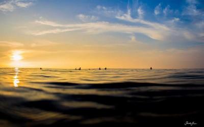 Kona Surfing