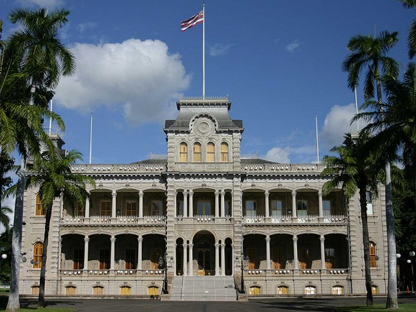 Iolani Palace