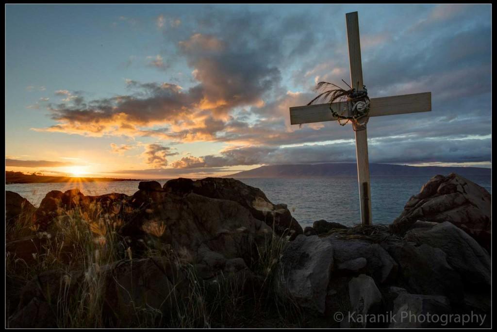 Maui Cross